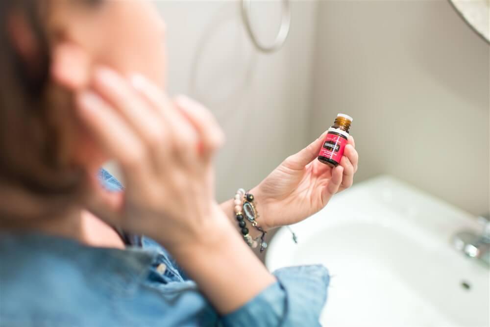 Frankencense oil for skin